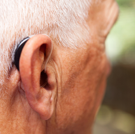 <title>Hearing Aid Prevalence and Factors Related to Use Among Older Hispanic/Latino Adults</title>