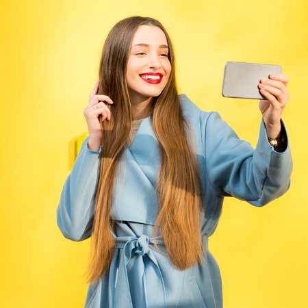 <title>Selfies—Living in the Era of Filtered Photographs</title>