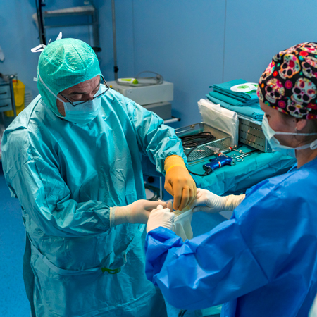 <title>Coworker Reports of Unprofessional Behavior by Surgeons and Surgical Complications in Their Patients</title>