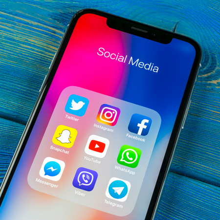 <title>Associations Between Social Media Time and Internalizing and Externalizing Problems Among US Youth</title>